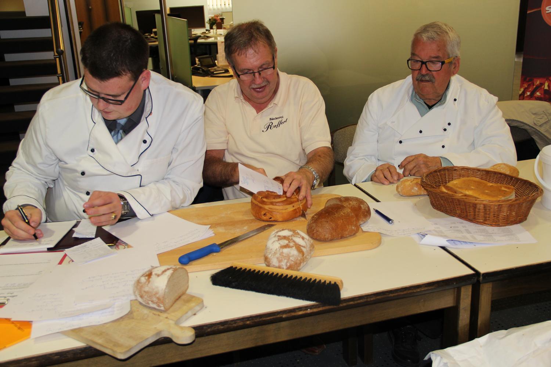 Brotprüfung in der Volksbank eG in Seesen